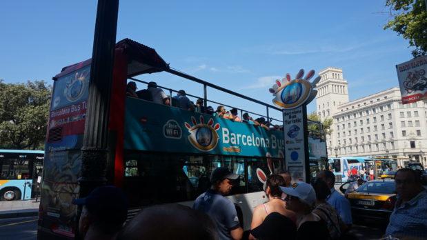 バルセロナ巡回乗り降り自由バスツアー